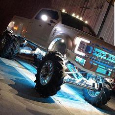 jacked up truck accessories Custom Pickup Trucks, Ford Pickup Trucks, Gmc Trucks, Cool Trucks, Cars And Trucks, Jeep Pickup, Chevrolet Trucks, Chevrolet Impala, Chevrolet Silverado