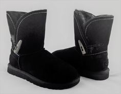 UGG Australia Womens Meadow Boots Black w/Toscana Fur Lining Sz 7M MSRP $250.00  #UGGAustralia #MidCalfBoots #Casual