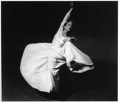 Martha Graham, photo by Barbara Morgan, 1940