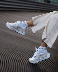 New Sneakers, Air Max Sneakers, Adidas Sneakers, Nike Air Max, Trainers, Heels, Womens Fashion, Bags, Clothes