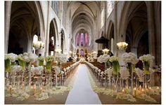 White wedding ceremony - Eva Longoria. By Jeff Leatham.   Wow factor!