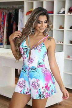 Enterisos. Curvy Fashion, Boho Fashion, Girl Fashion, Fashion Looks, Cute Summer Outfits, Classy Outfits, Casual Outfits, Sexy Dresses, Cute Dresses