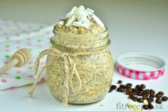 The combination of coconut, coffee and milk is unreal! Check out this fantastic and healthy coconut latte chia pudding recipe - you can enjoy it as breakfast or even as a health. Chia Puding, Coconut Benefits, Fiber Foods, Pudding Recipes, Granola, Food Inspiration, Latte, Muffins, Food And Drink