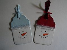 Snowman Tags #2 by candee porter - Cards and Paper Crafts at Splitcoaststampers what about using the scallop punch to make hats then a popom