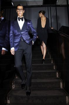 Tom Ford spring 2012 menswear...unexpectedly cool!!  (to be expected, of course, from Ford)