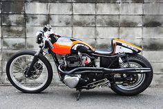 Kawasaki W400 - Indigo Custom Cycle