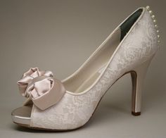 Wedding Shoes  Dark Ivory Wedding Peeptoes por DesignYourPedestal