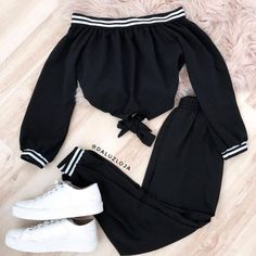 Green patterned set with striped elastic k - Fashion - Roupas Ideias Cute Comfy Outfits, Sporty Outfits, Teen Fashion Outfits, Swag Outfits, Mode Outfits, Cute Fashion, Outfits For Teens, Stylish Outfits, Girl Fashion