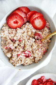 Strawberry and Cream Overnight Oats