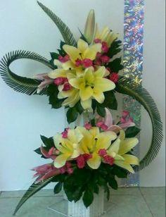 Printer Projects New York Contemporary Flower Arrangements, Tropical Flower Arrangements, Creative Flower Arrangements, Funeral Flower Arrangements, Tropical Flowers, Beautiful Flower Arrangements, Unique Flowers, Beautiful Flowers, Altar Flowers