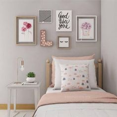 Trendy bedroom colors for girls small spaces 21 Ideas Bedroom Bed, Bedroom Decor, Bedroom Ideas, Bedroom Themes, Bedroom Designs, Fall Bedroom, Wall Decor, Bedroom Carpet, Cozy Bedroom