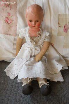 Ancienne poupée de chiffon Brocante de charme atelier cosy.fr