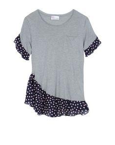 T-Shirt Refasion Inpiration von Red Valentino von Dakota Smith - DIY Clothes Diy Clothing, Sewing Clothes, Clothes Dye, Rock Clothing, Vetements Clothing, Shirt Makeover, Diy Kleidung, Diy Vetement, Altering Clothes