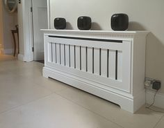 Made to measure radiator covers - high quality bespoke radiator covers made to measure in UK - oak radiator covers ny SPK cabinetmaking Diy Pallet Furniture, Furniture Making, Modern Radiator Cover, Custom Radiator Covers, Radiator Heater Covers, Interior Design Living Room, Living Room Designs, Home Radiators, Comfy Cozy Home