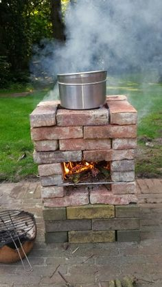 your vegatables as you do it at home but than at your outdoor stove.Cook your vegatables as you do it at home but than at your outdoor stove. Outdoor Stove, Outdoor Fire, Outdoor Living, Outdoor Decor, Backyard Projects, Outdoor Projects, Outdoor Kocher, Brick Bbq, Rocket Stoves