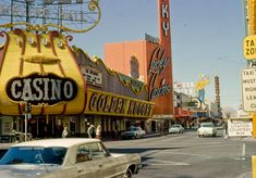vintage everyday: Beautiful Color Photographs of Street Scenes of the USA in the and Vegas Casino, Las Vegas Nevada, Casino Night Party, Casino Theme Parties, Arcade, Good Day Song, Vintage Colors, 1950s, Vintage Signs