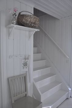 white stairs and walls Cottage Stairs, House Stairs, White Cottage, Cottage Style, This Old House, White Stairs, Wood Panel Walls, Plank Walls, Wood Stairs