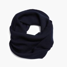 Made in Montreal. Oversized Scarf, Wool Scarf, Montreal, Merino Wool, Stitch Patterns, How To Make, Men, Collection, Fashion