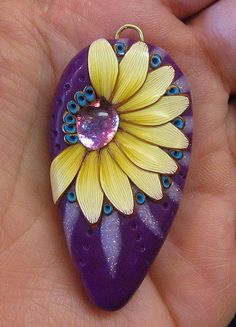 Rocks and other interesting things:  http://www.pinterest.com/kathys5152/ Pendant