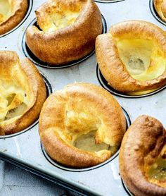 Simply The Best Yorkshire Puddings recipe: These are a staple of our Sunday Roast. And any roast dinner without Yorkies is seriously lacking. Traditional Yorkshire Pudding Recipe, Easy Yorkshire Pudding Recipe, Yorkshire Recipes, Flan, Sunday Roast Dinner, Easy Pudding Recipes, Yummy Recipes, Side Recipes, Mousse