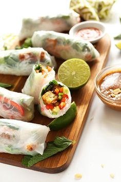 Vegan Vietnamese Spring Rolls with Crispy Tofu and almond butter dipping sauce! 30 minutes and SO delicious and simple #vegan