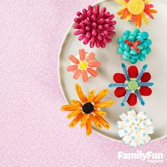 Here's a fun Mother's Day treat that the kids will have a ball making (and eating, of course!)