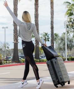 Amari Travel Clothes- Travel in comfort and style Travel Must Haves, Pack Your Bags, Ultimate Travel, Travel Style, Travel Bags, Sporty, Blog, How To Wear