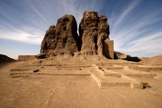 https://flic.kr/p/6j4V1v   sudan - the black pharaohs   Western Defuffa at Kerma.  The ancient town of Kerma, located a little upstream of the Third Cataract, was occupied continuously from about 2500 to 1500 BC, and was one of the earliest urbanized communities in tropical Africa. The local economy was based on agriculture and animal husbandry, but it is likely that the special importance of the rulers of the area developed because of their ability to control the important north-south…