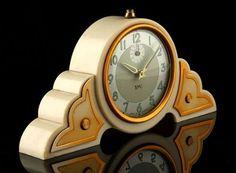 Vintage Ideas 20 Vintage Small Desk Clock Ideas With Art Deco Style Mantel Clocks, Old Clocks, Antique Clocks, Vintage Clocks, Art Nouveau, Belle Epoque, Marie Von Ebner Eschenbach, Desk Clock, Alarm Clock