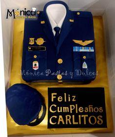 Torta Militar para Coronel de la Fuera Aerea con detalles únicos en ella