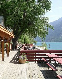 Resort Worker Needed at The North Cascades Lodge! North Cascades Lodge at Stehekin - Located on beautiful Lake Chelan in eastern WA State!