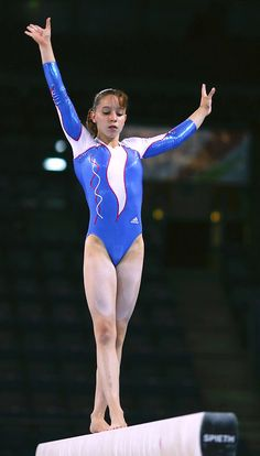 Gymnastics Posters, Gymnastics Pictures, Sport Gymnastics, Artistic Gymnastics, Girl Anatomy, Female Gymnast, Sexy Legs And Heels, Body Poses, Girl Body