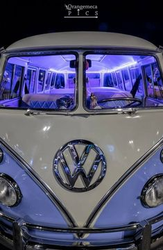 dream cars Dope Lavender Looking - Bus Vw, Auto Volkswagen, Vw T1, Vintage Volkswagen Bus, Volkswagen Bus Interior, Vw Vintage, Caravan Vintage, Vintage Caravans, Vintage Travel