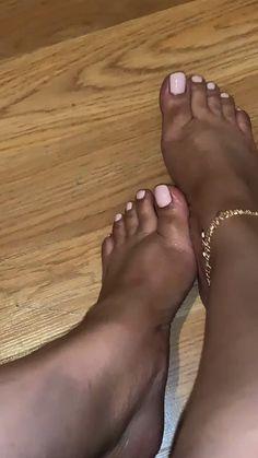 Acrylic Toe Nails, Pink Toe Nails, Pretty Toe Nails, Toe Nail Color, Cute Toe Nails, Pink Toes, Cute Toes, Pretty Toes, Acrylic Nail Designs
