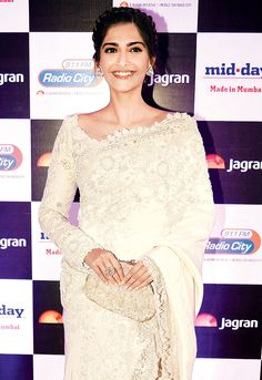 Sonam Kapoor at Jagran Group's '100 Million Hearts' bash.