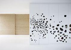 Ingenious Contemporary Crib from i29 Interior Architects