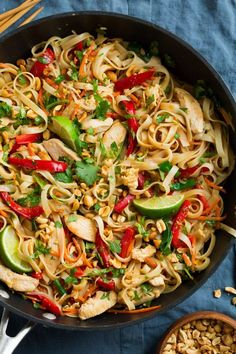 Pad Thai Recipe (with Chicken or Shrimp) - Cooking Classy - Chicken Pad Thai. Isn't it about time we stopped relying on take out to get Chicken Pad Thai and - Pastas Recipes, Thai Recipes, Cooking Recipes, Vegan Recipes, Thai Cooking, Cooking Oil, Shrimp Recipes, Easy Recipes, Chicken Recipes Video