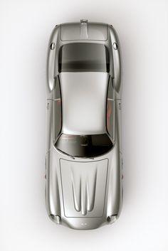 itsbrucemclaren: Aston Martin DB4 Zagato (via form9)