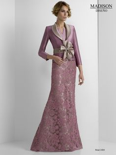 Couture Dresses, Women's Fashion Dresses, Skirt Fashion, Fashion Moda, Special Dresses, Formal Dresses, Womens Dress Suits, Gowns With Sleeves, Groom Dress