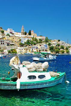 Heb jij zin in een heerlijke zonvakantie? Het Griekse eiland Rhodos is dat top voor jou! Heerlijke stranden, een helder blauwe zee en een top temperatuur kun je hier allemaal vinden! Dan weet je zeker dat je gaat genieten! Vergeet natuurlijk de Griekse gerechten niet te proeven! Je komt zeker weten ontspannen terug! https://ticketspy.nl/deals/genieten-op-het-zonnige-rhodos-va-e249