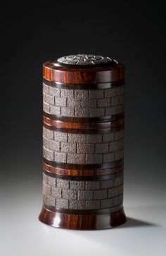 Zdjęcie: Tower I African Blackwood and Cocobolo Sold To order only here: http://stevenkennard.com/blog/?product=tower-box