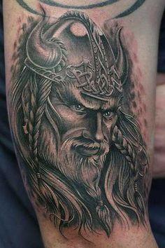 Tatuagens de Guerreiros Vikings: Fotos e Significados