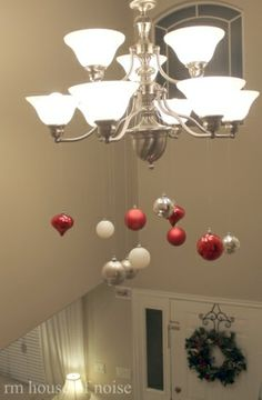 20 Super Easy DIY Christmas Decor Ideas, hang bulbs from the lamp descending to a point in the middle