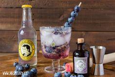 Muttertagsgeschenke: Gin-Cocktail-Party mit Rezept für Blaubeer-Thymian-Gin Cocktail