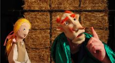 A scene from CUSTARD PIE'S RMPLSTLTSKN Hand Puppets, Finger Puppets, Puppet Show, Theatres, Custard, Parrot, Dinosaur Stuffed Animal, Pie, Scene