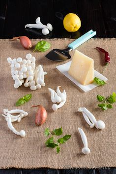 Garlic Press, Kitchen, Arrows, Pasta Dishes, Cooking, Home Kitchens, Kitchens, Cucina, Cuisine