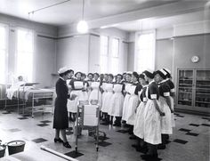 Ward rounds at Dudley Road hospital - date unknown #SWBHhistory