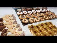 7 Modèles De Sablés Facile Fondant En Bouche. 7اشكال من ااصابلي بعجينة واحدة - YouTube Beignets, All Things Christmas, Fondant, Waffles, Biscuits, Sweet Treats, Deserts, Sweets, Bled