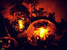 DIY Ice lanterns for dark times