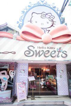 Hello Kitty Sweets Cafe Taipei